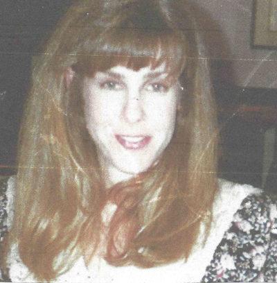 Donna head shot.jpg